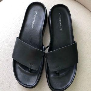 Donald J Pliner slide sandals